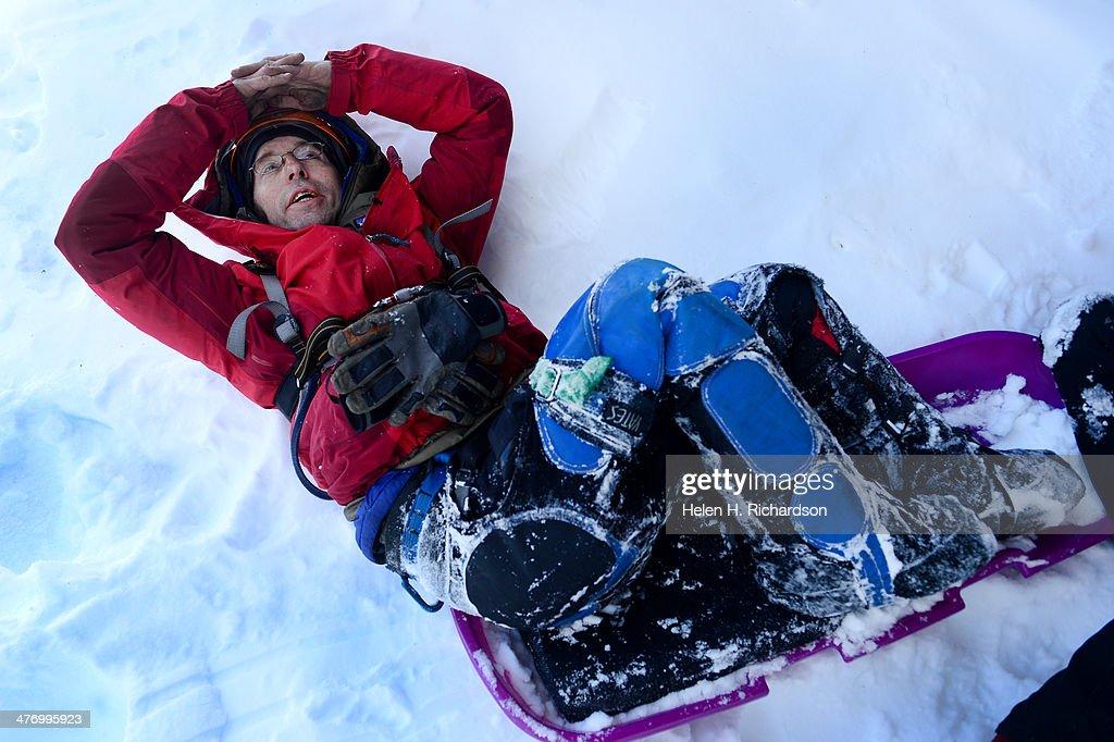 Sean O'Neill becomes the first paraplegic to climb Bridal Veil Falls in Telluride, Co. in winter. : Foto jornalística