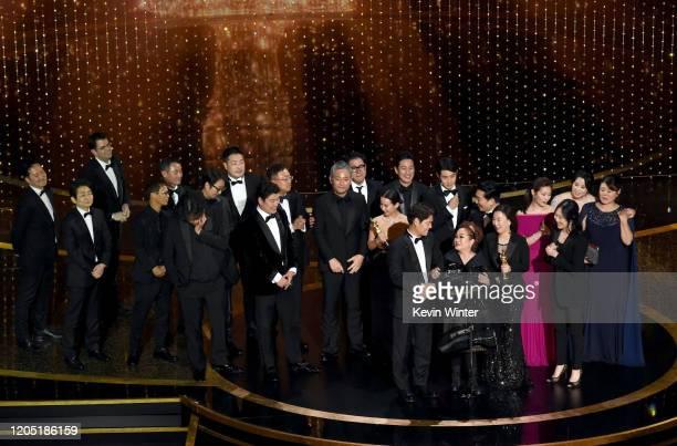 'Parasite' cast and crew such as Cho Yeojeong Park Sodam Choi Wooshik KangHo SongYang Jinmo Jin Won Han Kwak Sinae Hajun Lee Yangkwon Moon Kangho...