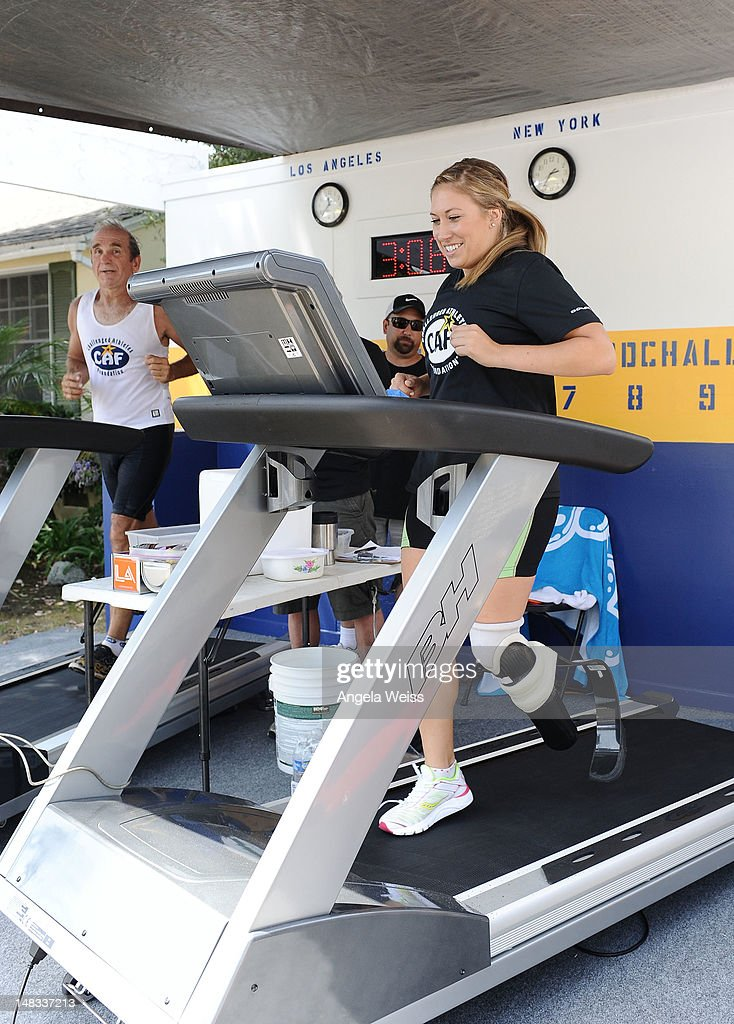 """The """"Pay It Forward"""" Challenge Benefiting The Challenged Athletes Foundation : News Photo"""