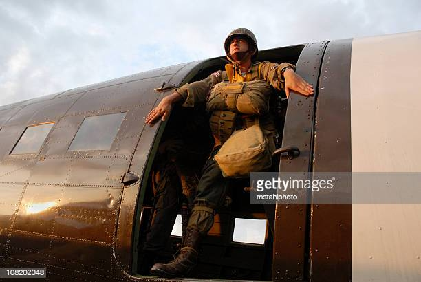 us paratrooper in aircraft - paratrooper stock pictures, royalty-free photos & images