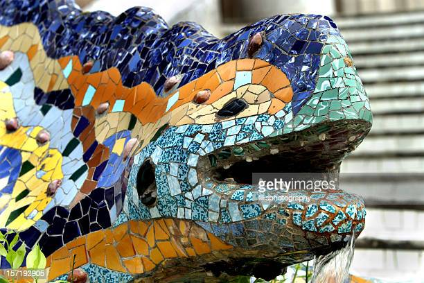 parc guell lizard fountain by gaudi barcelona - antonio gaudi stock pictures, royalty-free photos & images