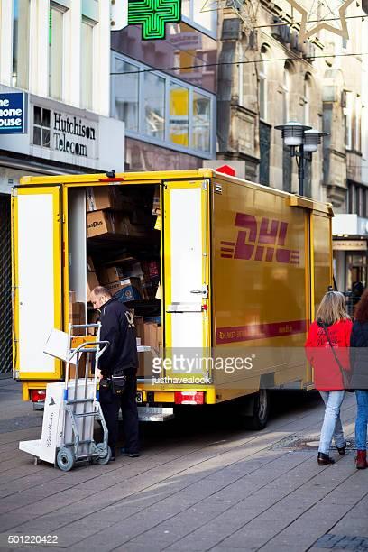 Parcel service of DHL
