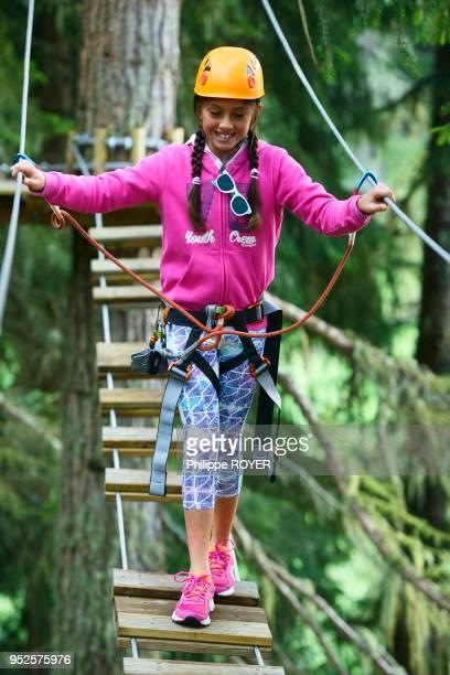 Parcours aventure ou accrobranche dans les Hautes Alpes Briancon France MR