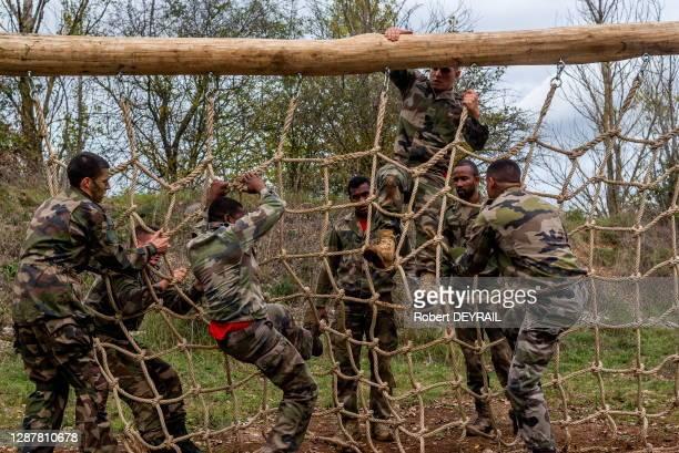 """Parcours naturel """"valorisé"""" éffectué durant l'entrainement des soldats du 68e RAA le 10 octobre 2019 à La Valbonne, France."""