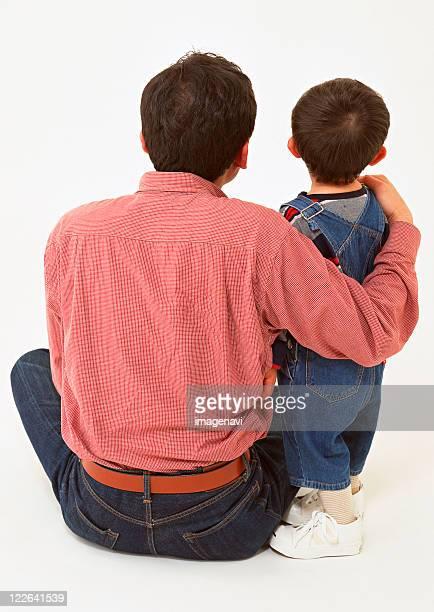 parent and child - fesse enfant photos et images de collection