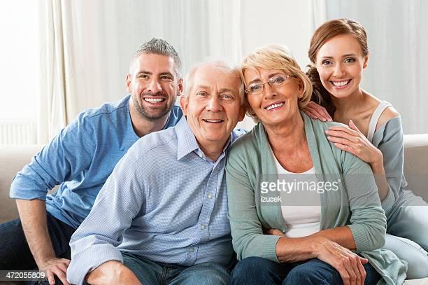 Padres con hijos adultos