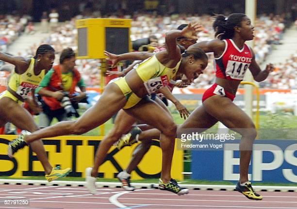 WM 2003 Paris 100 M Huerden/Frauen/Finale Gold fuer Perdita FELICIEN/CAN