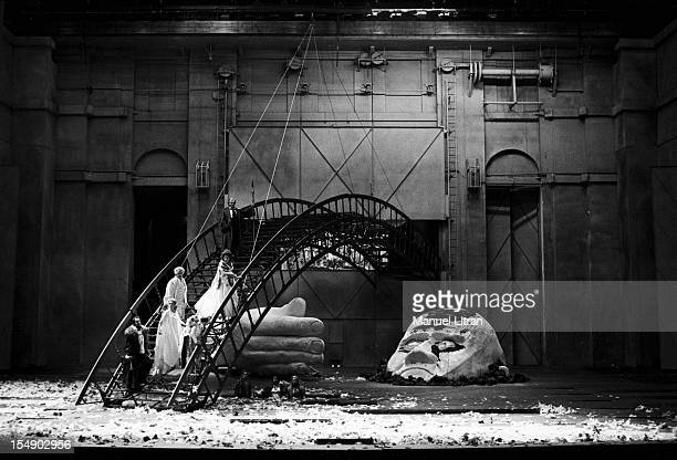 Paris 13 December 1976 at the Opera of Paris the opera 'Das Rheingold' by Richard Wagner directed by Peter Stein and directed by Georg Solti on the...