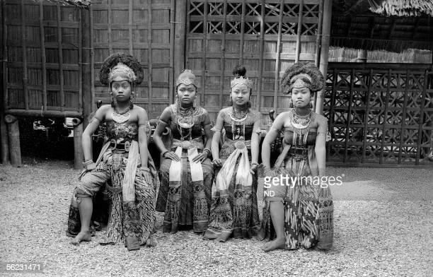 Paris 1889 World's Fair Javanese dancers Javanese dancers ND10236