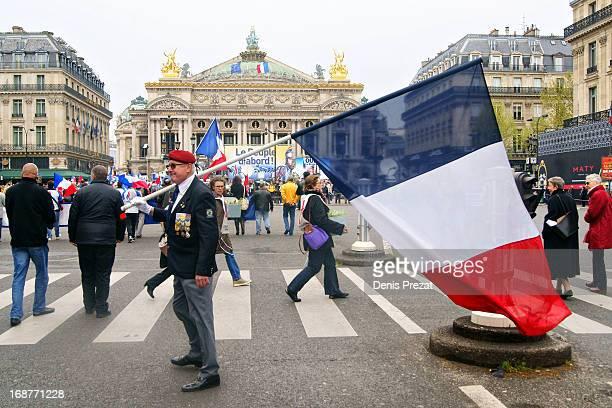 Paris 1er mai Comme tous les ans, défilé du Front National pour la fête du travail.