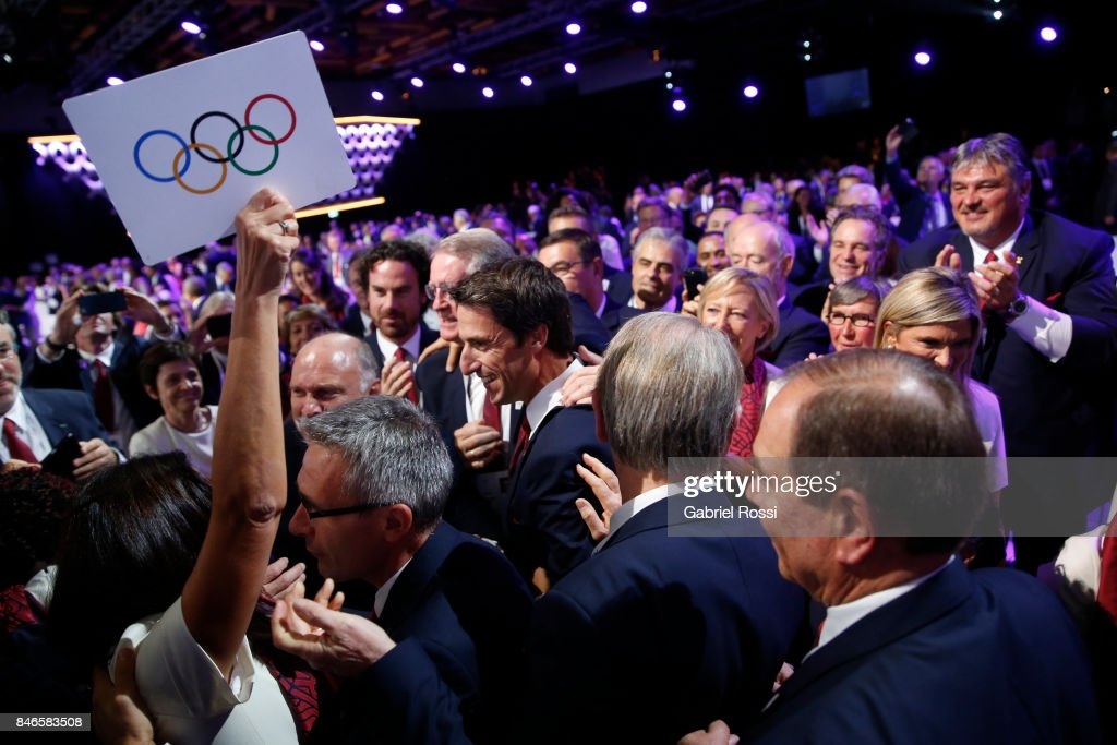 Paris 2024 Bidding Committee members celebrate after the signature of the contract between Paris 2020 and IOC the 131th IOC Session - 2024 & 2028 Olympics Hosts Announcement at Lima Convention Centre on September 13, 2017 in Lima, Peru.