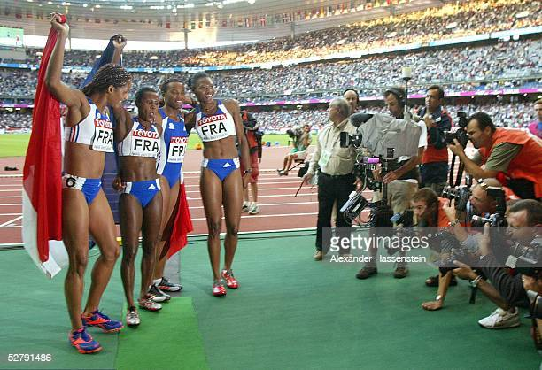WM 2003 Paris 4 x 100 m Staffel/Frauen/Finale Gold fuer das Team Frankreich