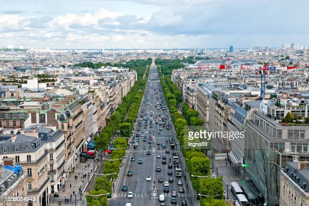 paris : aerial view on champs elysees avenue - champs elysees quarter stock pictures, royalty-free photos & images
