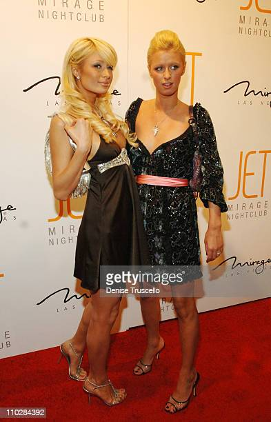 Paris and Nicky Hilton during Jet Nightclub at The Mirage Grand Opening Celebration - Red Carpet Arrivals at Jet Nightclub at The Mirage in Las...
