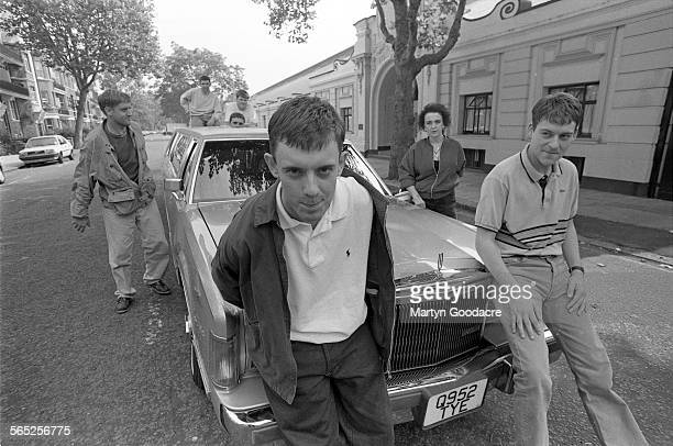 Paris Angels group portrait outside Maida Vale studios in London United Kingdom 1991 Line up includes Paul 'Wags' Wagstaff Rikki Turner Steven Taji...