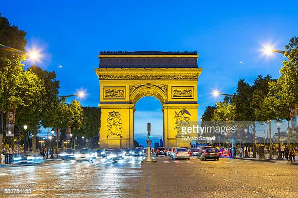 Paris Arc de Triomphe at NIght