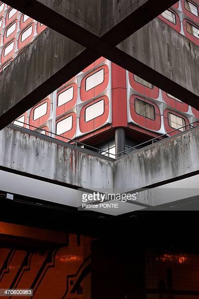 Paris, Beaugrenelle, architecture, building, geometric, abstract, abstract architecture, cross,