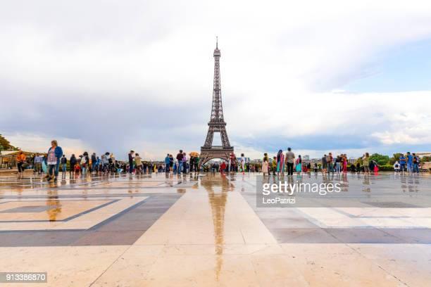 Paysage urbain de Paris, incroyable vue aérienne du centre ville la Tour Eiffel et ses environs