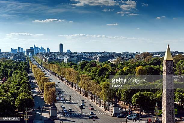 paris cityscape,avenue de la grande armee,luxor obelisk,france - place de la concorde stock pictures, royalty-free photos & images