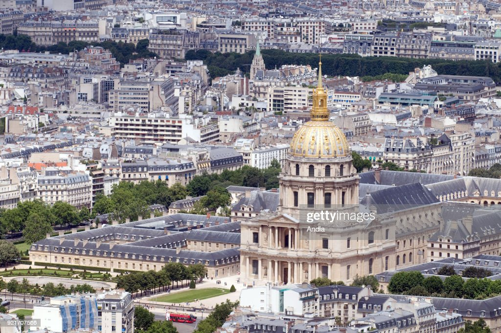 complex of buildings 'Hotel des Invalides' (7th arrondissement or district), viewed from the 'Tour Montparnasse' office skyscraper. The building is classified as a French National Historic Landmark ('Monument Historique').