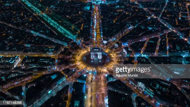 paris desde el aire - paris stockfoto's en -beelden