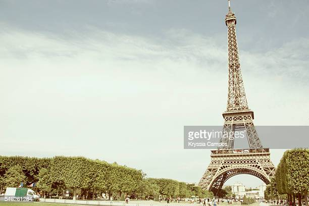 paris. eiffel tower. retro styled - historical romance stock photos and pictures