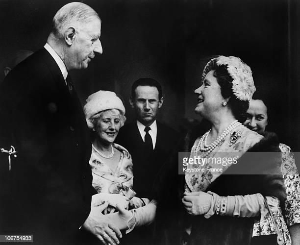 Paris Elysee Palace General De Gaulle Receiving The Queen Mother Elizabeth In April 1959