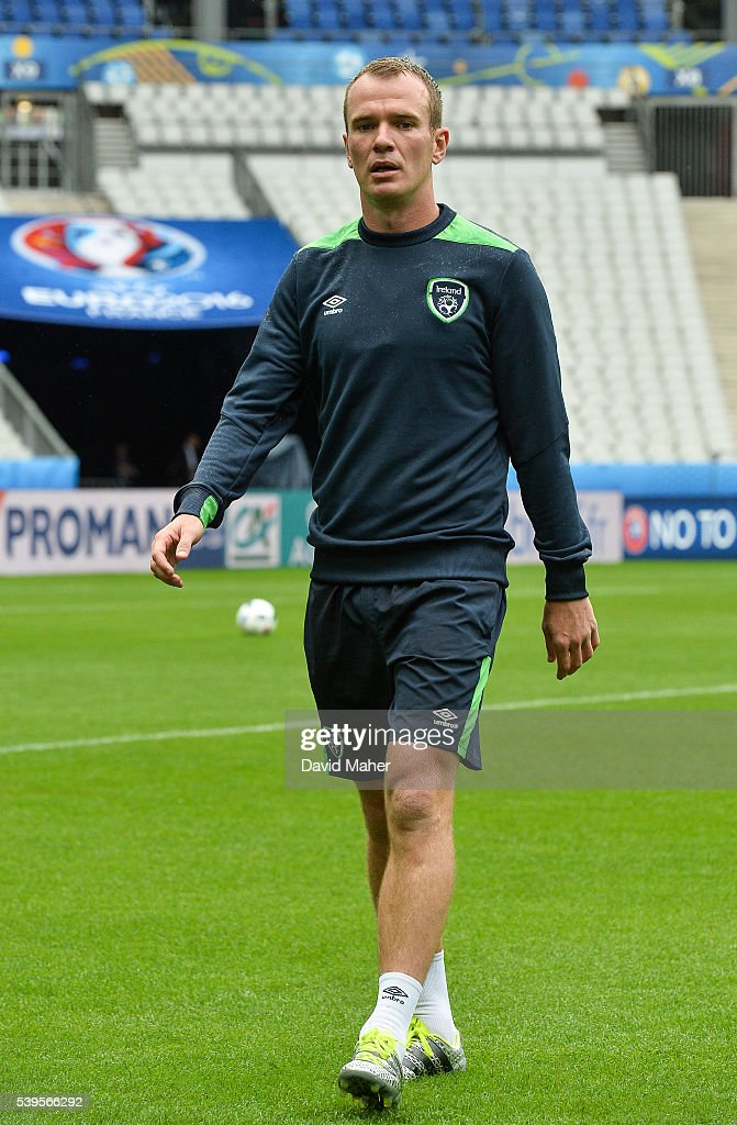 Paris , France - 12 June 2016; Glenn Whelan of Republic of Ireland during squad training at the Stade de France in Saint Denis, Paris, France.
