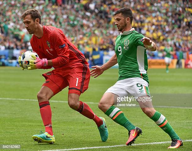 Paris France 13 June 2016 Shane Long of Republic of Ireland in action against Andreas Isaksson of Sweden in the UEFA Euro 2016 Group E match between...