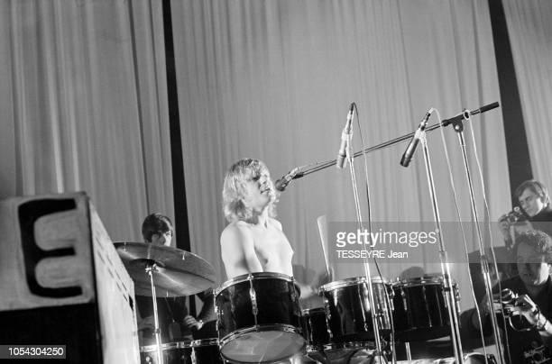 Paris France 18 novembre 1967 La Fenêtre Rose première nuit psychédélique organisée au Palais des Sports de Paris par JeanJacques LEBEL Ici le...