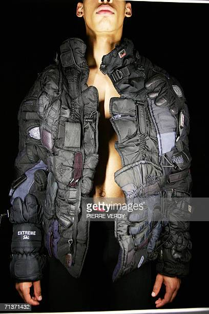 A model presents a creation Belgian designer Martin Margiela during the Fall/Winter 200607 Haute Couture collections 05 July 2006 in Paris AFP PHOTO...