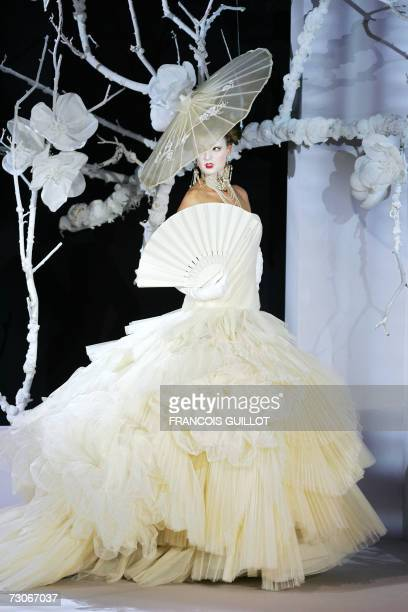 Model presents a creation by British designer John Galliano for Christian Dior during the Spring-Summer 2007 Haute Couture collections in Paris, 22...