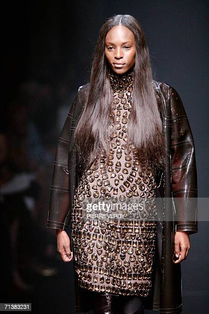 Model presents a creation by Italian designer Riccardo Tisci for Givenchy during the Fall/Winter 2006 Haute Couture collections, 06 July 2006 in...