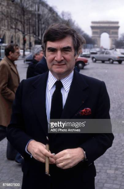 ABC News correspondent Pierre Salinger promotional photo