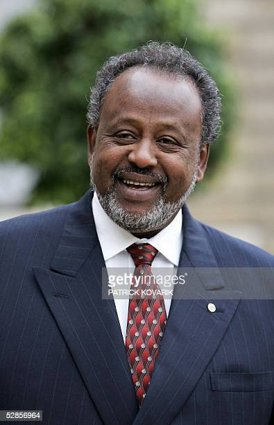 Djibouti president Omar Guelleh answers to journalists at the Elysee palace courtyard in Paris 17 May 2005 after a meeting with French president...