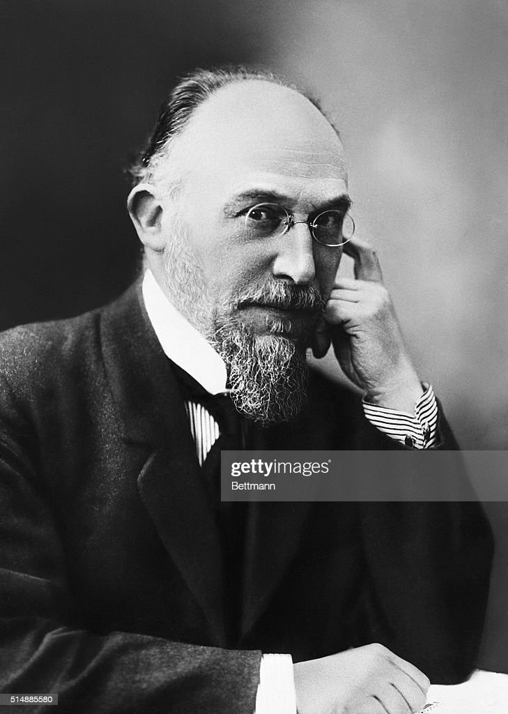 Composer Eric Satie : News Photo