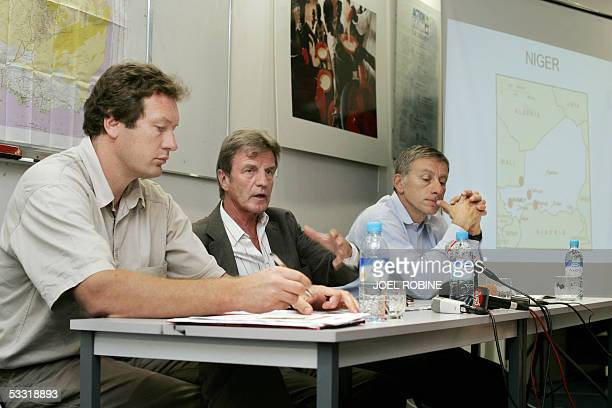 "Former French Health minister and head of ""Reunir"" aid agency Bernard Kouchner and ""Action contre la faim"" directors Benoit Miribel and..."
