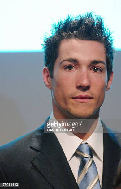 """French Nicolas Portal, member of the French bank """"Caisse d'Epargne"""" cycling team, is pictured during the presentation, 16 January 2007 in Paris, of..."""