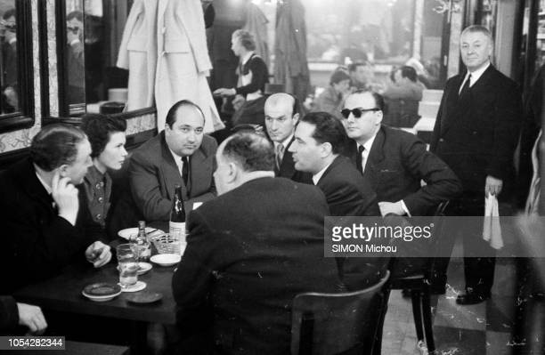 Paris France février 1955 Jeudi 3 février entre minuit et deux heures du matin alors que MendèsFrance vient de poser à l'Assemblée la question de...