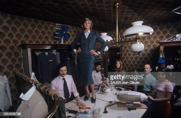 Paris France juillet 1976 Alain FIGARET spécialiste des vêtements pour hommes a monté l'an dernier un département 'Femmes' sous la griffe Princeton...