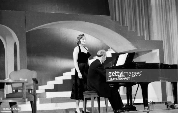 Paris France novembre 1955 L'actrice suédoise Ingrid BERGMAN est à Paris pour tourner 'Elena et les hommes' le prochain film de Jean Renoir Les...