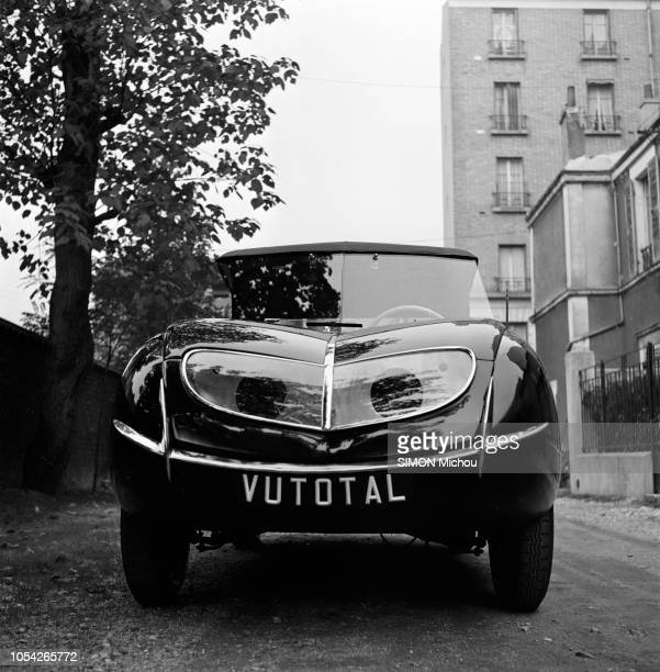 Exemple D Un Cv Campus France: World's Best 4 Cv Renault Stock Pictures, Photos, And