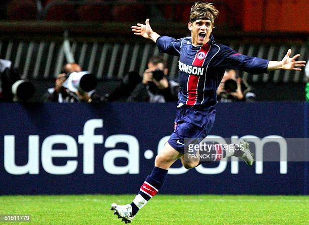 S midfielder Jerome Rothen reacts after the second goal of his team, 20 October 2004 at the Parc des Princes stadium in Paris, during the Champions...