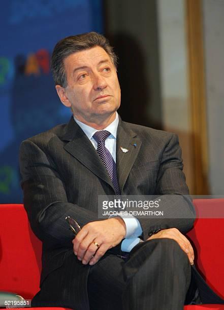 Rene Carron president de la banque francaise Credit agricole SA assiste le 14 fevrier 2005 a l'Hotel de ville a Paris au Forum du Club des...