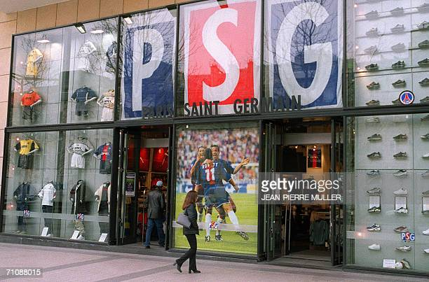 online store 9f766 71626 Elysees Nike Pictures and Photos - Getty Images