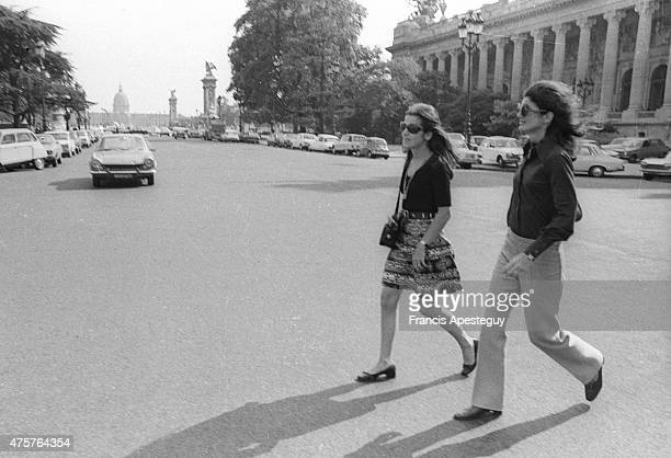 Paris France24 June 1973Jacqueline Kennedy Onassis crossing the Avenue Franklin Delano Roosevelt where she was visiting a museum with a friend