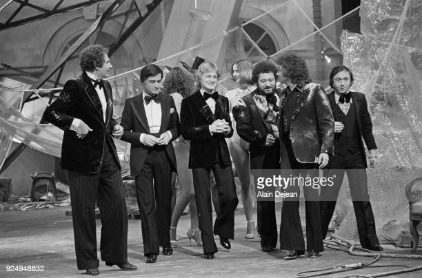 American singer Mort Shuman french actor JeanClaude Brialy french singers Claude François Carlos and Michel Sardou on the set of the tv show Numéro 1...