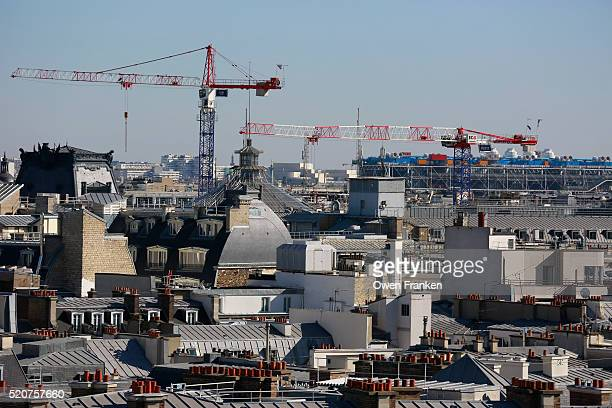 paris from the roof terrace of galeries lafayette department store - centre pompidou stock pictures, royalty-free photos & images