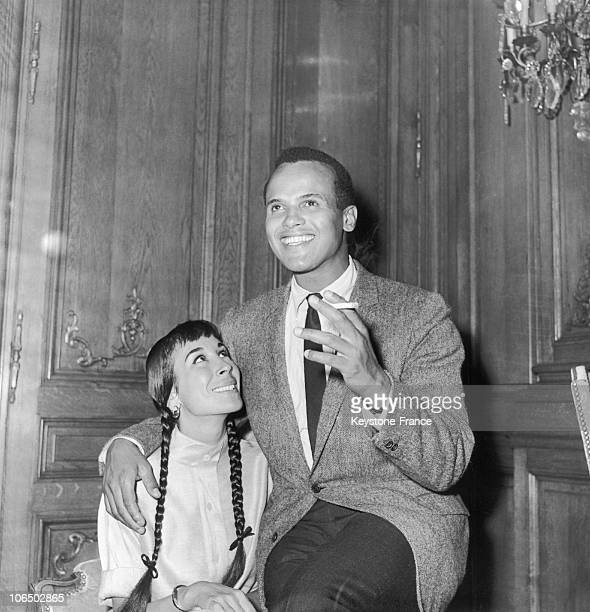 Paris Harry Belafonte American Musician And His Wife In July 1958