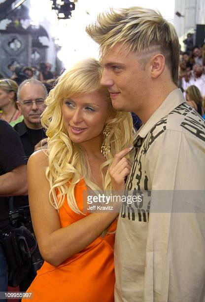 Paris Hilton and Nick Carter during 2004 MTV Movie Awards Red Carpet at Sony Pictures Studios in Culver City California United States
